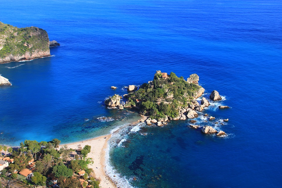 Escursioni in barca a Taormina - Isola Bella