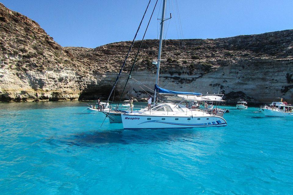 Crociere in catamarano in Sicilia