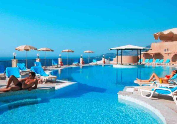 capo-dei-greci-taormina-hotel